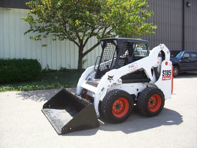 Where to find BOBCAT S185 in Edmonton